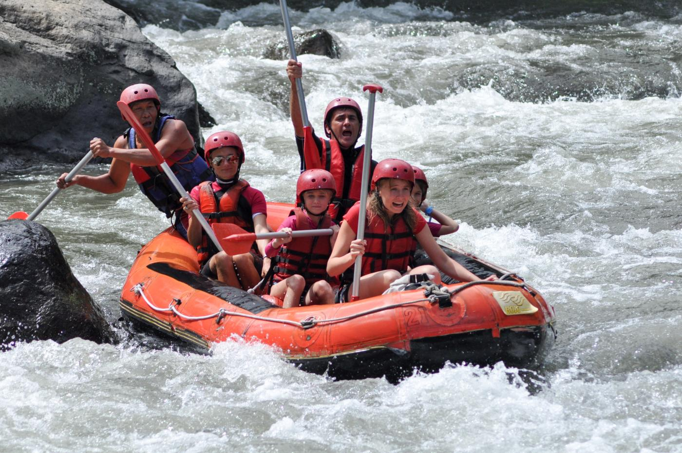 ayung-river-rafting2